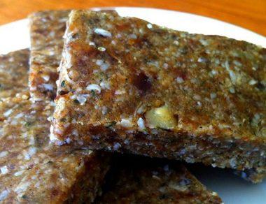 hemp seed and maca snack bar