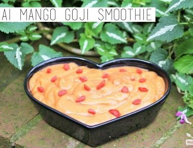 Açai Mango Goji Smoothie