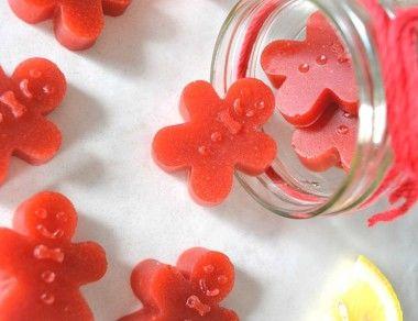 Strawberry-Lemon Gingerbread Men Gummies