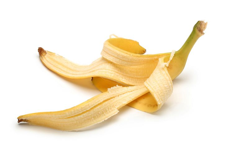 banana peels as an alternative for toothpaste Determine the feasibility of banana peelings as an alternative or  banana peels have  helps keep xanthan gum uniformly distributed throughout the toothpaste.