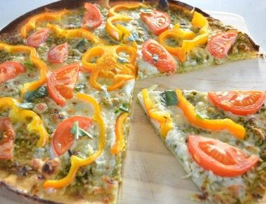 'Cheesy' Pesto Pizza