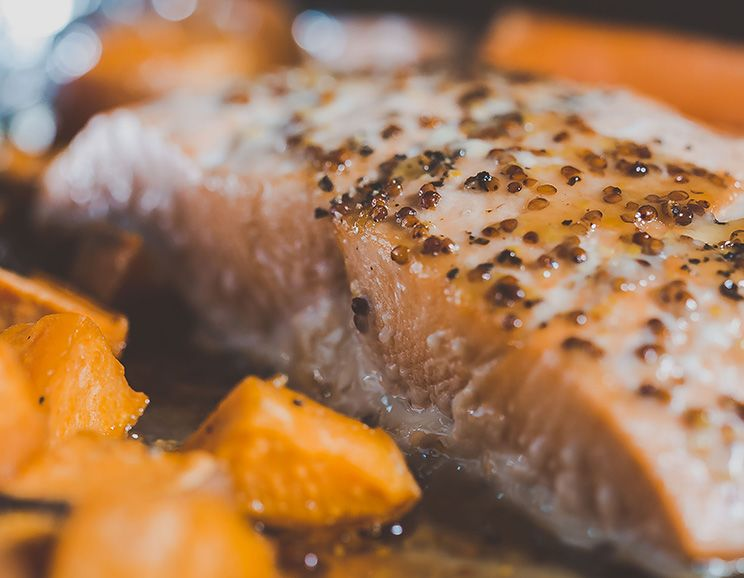 One-Pan-Salmon-Dinner-for-Two744a.jpg