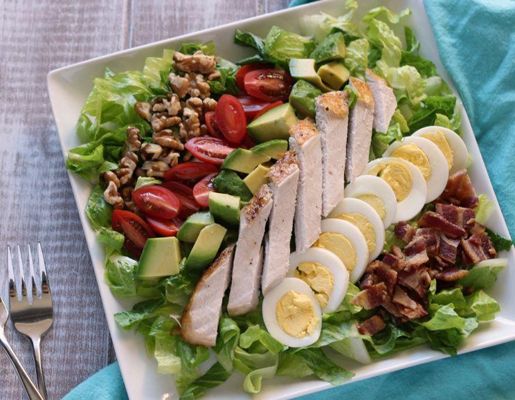 Protein-Packed Turkey Cobb Salad