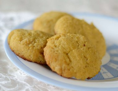 coconut flour biscuits featured image