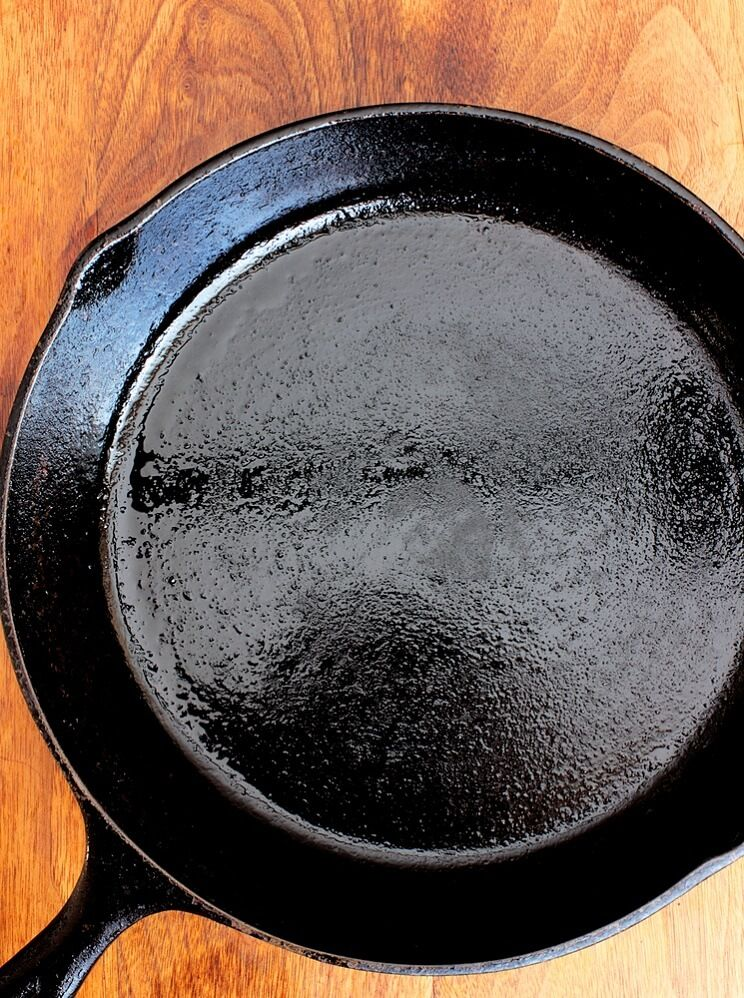 cast-iron-seasoning-1.jpg