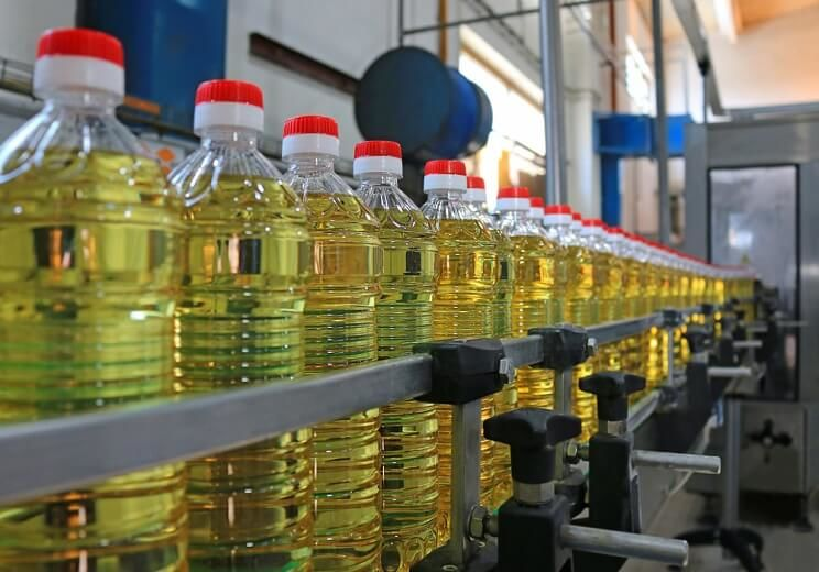 edible oil industry in pakistan Karachi: pakistan has become the fourth largest market for cooking oil after china, india and united arab emirates and third largest importer of the commodity at globe, experts said on saturday increasing imports of the edible demands setting up of one more import terminal at sea ports, they said .