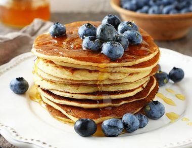 protein-packed pancakes featured image