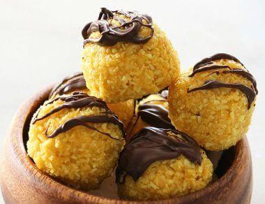 Chocolate Turmeric Truffles with Coconut Oil
