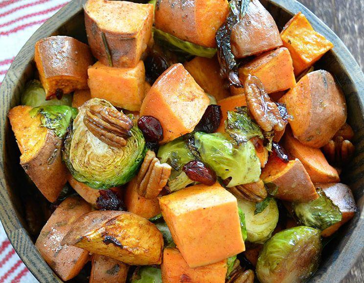 Maple-Cinnamon-Roasted-Sweet-Potatoes-Brussels-Sprouts744.jpg