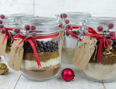 edible mason jar gifts featured image
