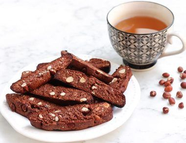 hazelnut biscotti featured image