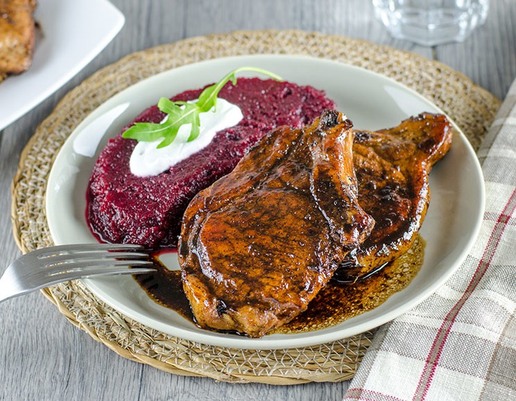 Tangy-Sweet-Pork-Chops-with-Beet-Puree744.jpg