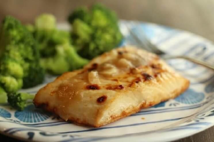 paleo-honey-garlic-halibut.jpg