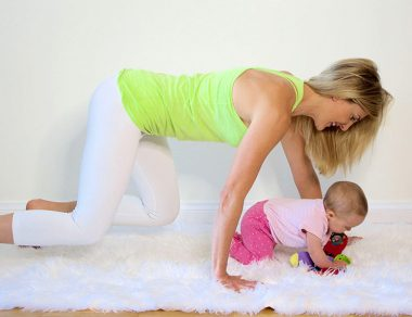 5 Exercises You Can Do with Your Baby (Plus Arm, Abs & Legs Workout)