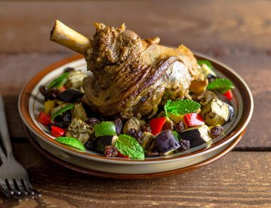 Easy, Slow Cooked, Fall-Off-The Bone Lamb Shanks