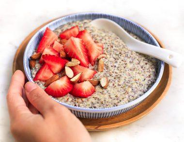 "Healthy Hemp Seed ""Oatmeal"" (Grain-Free, Dairy-Free)"
