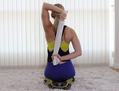 10 Easy Shoulder Stretches To Fix Pain