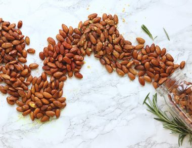 6 Easy Ideas for Roasted Almonds