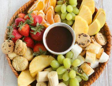 9 Fondue Dipper Ideas (Plus: 2-Ingredient Chocolate Fondue Recipe)