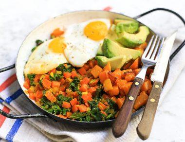 Anti-Inflammatory Healing Bowl with Sweet Potatoes, Turmeric and Kale