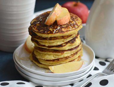Easy Peasy Applesauce Pancakes