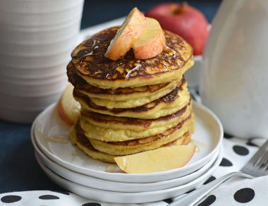 Easy Peasy Applesauce Pancakes