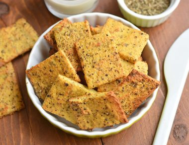 Gluten-Free Herb Garlic Crackers