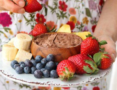 21 Deliciously Easy Dip Recipes