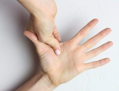 3-Minute Stretch and Massage for Hand Pain