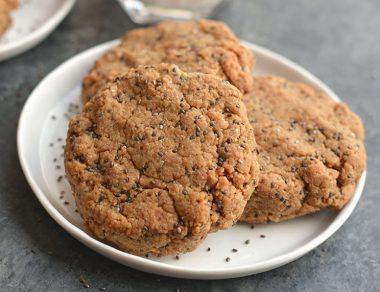Oatless Chia Breakfast Cookies