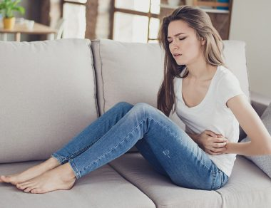 11 Signs You Have a Stomach Ulcer and Natural Remedies