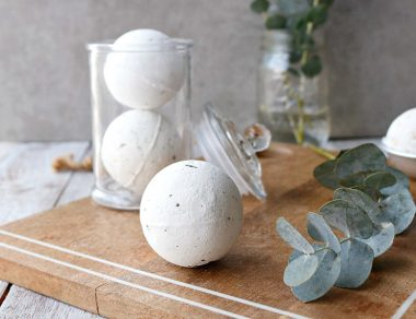 DIY Peppermint + Eucalyptus Bath Bombs for Colds, Sinus Relief + Achy Muscles