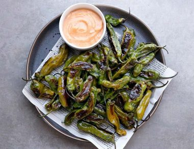 Dip These Blistered Sesame Ginger Shishito Peppers in Sriracha Mayo for an Easy Snack