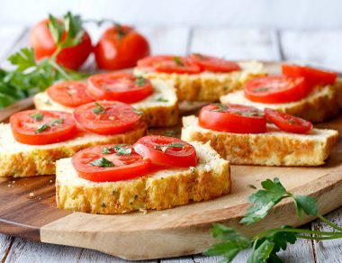 Paleo Cauliflower Garlic Bread