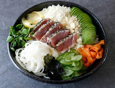 Swap Your Boring Salad with This Easy Seared Tuna Bowl