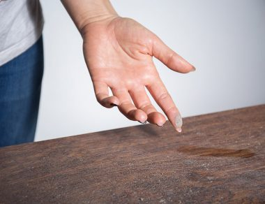 4 Dangers Lurking in Your Household Dust + 4 Natural Ways to Get Rid of It