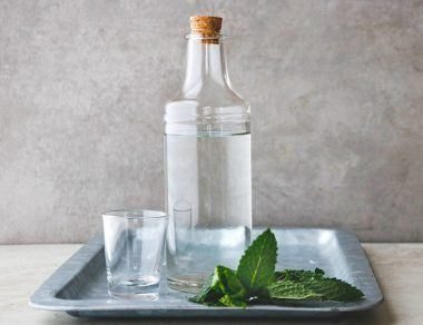 3-Ingredient Homemade Minty Mouthwash