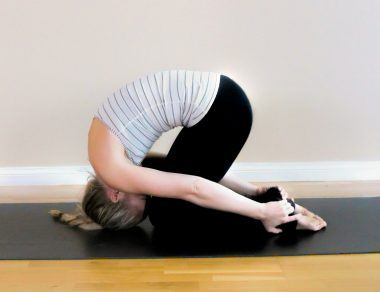 9 Yoga Poses for Upper Back Pain