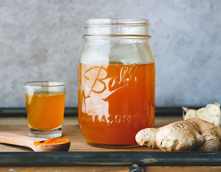 Easy Fire Cider Recipe (Gut-Balancing + Immune-Boosting)