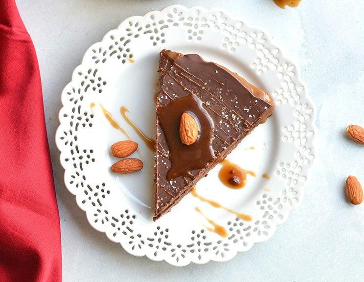 Salted Chocolate-Caramel Tart (No Bake!)