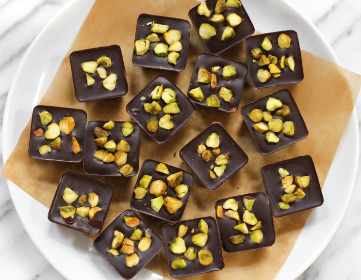 Collagen-Pistachio-Chocolate-Bites-Recipe744.jpg
