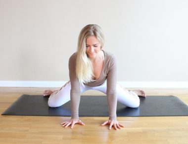 13 Hip-Opening Stretches to Loosen Tightness
