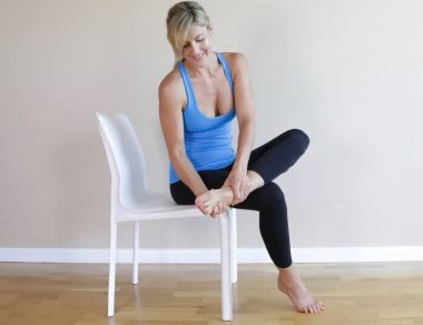 7 Easy Stretches to Erase Foot Pain