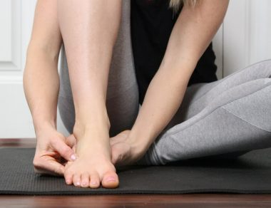 This DIY Foot Massage Melts Away Pain and Increases Mobility