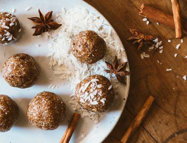 No-Bake Chai Latte Bliss Balls