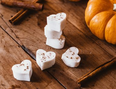 Pumpkin Spice Bath Bombs with Cinnamon Essential Oil (PS: Smells Amazing!)